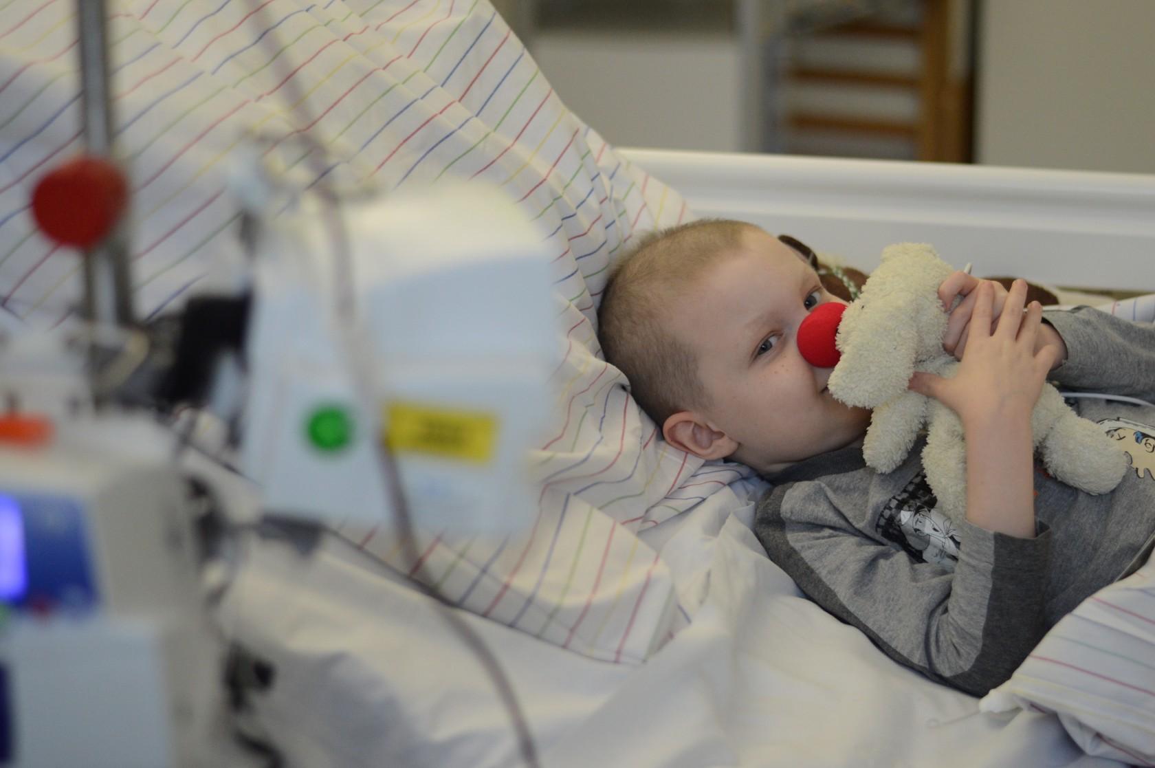 Patient auf der Kinderkrebsstation Erlangen
