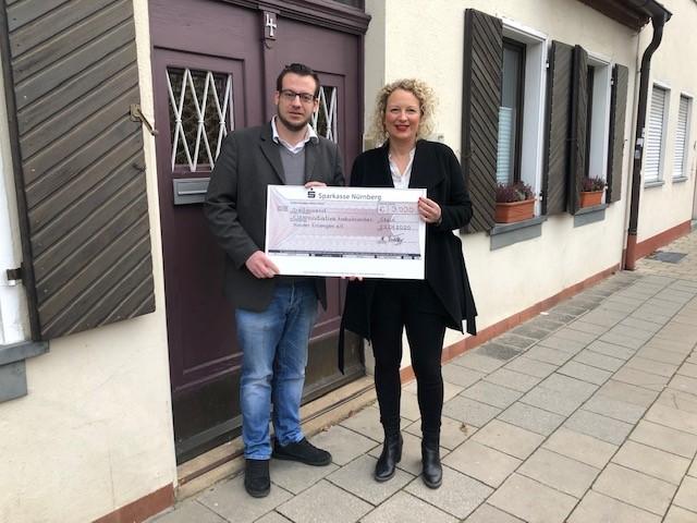Event F spendet 3000 Euro für krebskranke Kinder