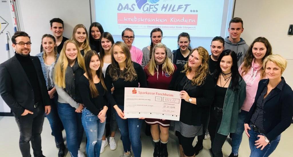 Schüler sammelten 7.777,77 Euro für krebskranke Kinder